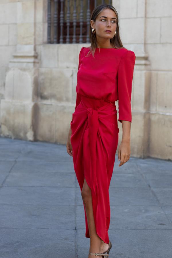 vestido rojo falda anudada